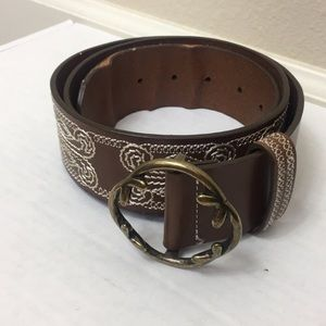 3/$25 Coldwater Creek Embroidered Leather Belt Lrg
